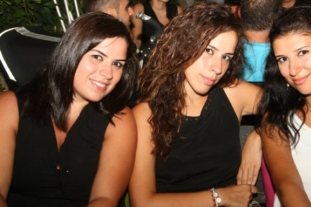 Saturday Night at Barbacane Pub, Byblos