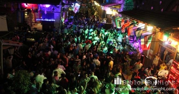 Weekend at Garden Pub, Byblos